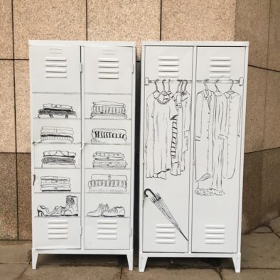 verejna satni skrin na namesti vaclava havla u narodniho divadla v Praze od Pragulic